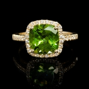 Diamond and Peridot 18k Yellow Gold Ring