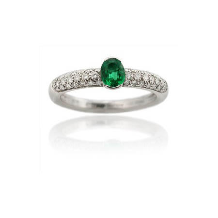 Leo Pizzo Diamond and Emerald 18k White Gold Ring