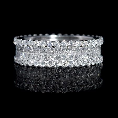 Diamond 18k White Gold Eternity Wedding Band Ring