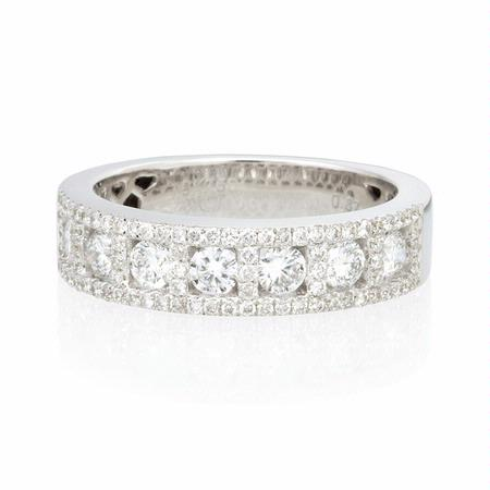 Diamond 18k White Gold Wedding Band Ring