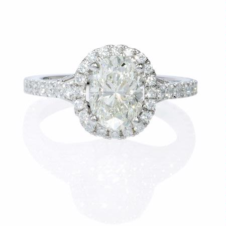 Diamond Antique Style 18k White Gold Oval Halo Engagement Ring Setting