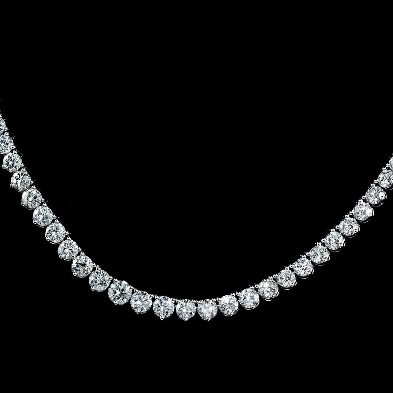 19 12ct Diamond Platinum Tennis Necklace