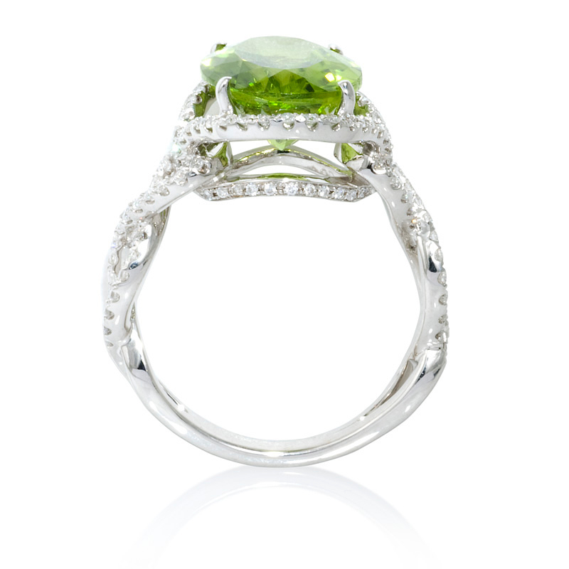 69ct and peridot 18k white gold ring