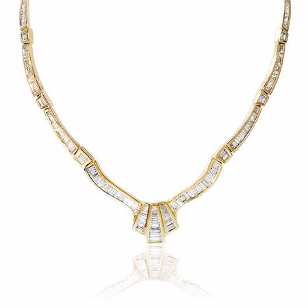 Diamond 18k Yellow Gold Necklace