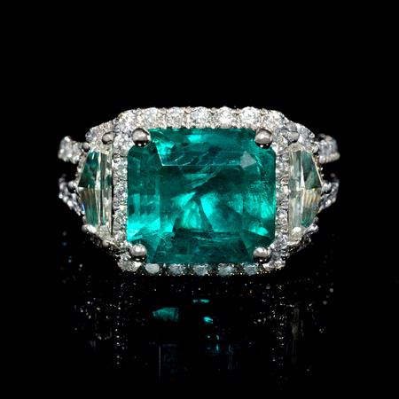 Diamond and GIA Certified Emerald 18k White Gold Ring
