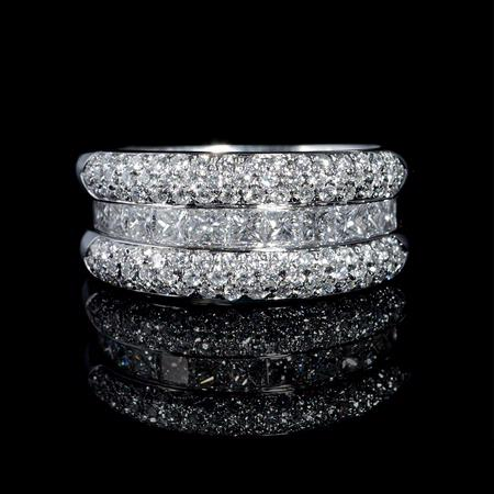 Leo Pizzo Diamond 18k White Gold Ring