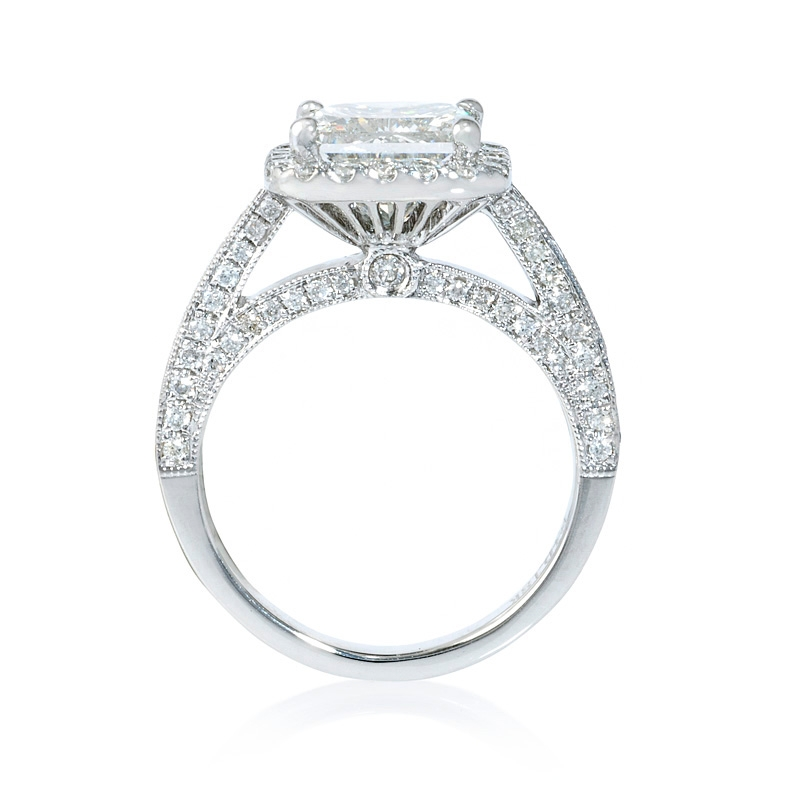 .58ct Diamond Antique Style 18k White Gold Halo Engagement