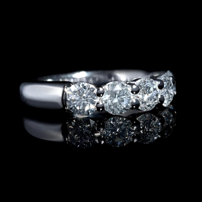 diamond 18k white gold five stone wedding band ring 5576