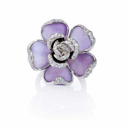 Diamond and Purple Amethyst 18k White Gold Flower Ring