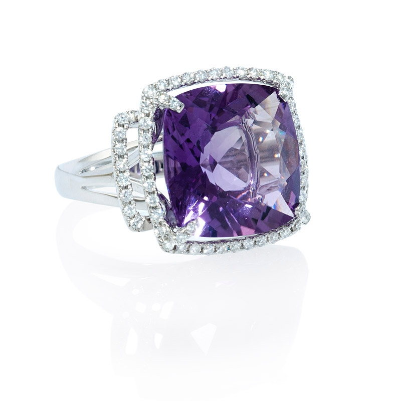 45ct and purple amethyst 18k white gold ring