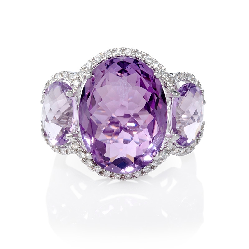 34ct and purple amethyst 18k white gold ring