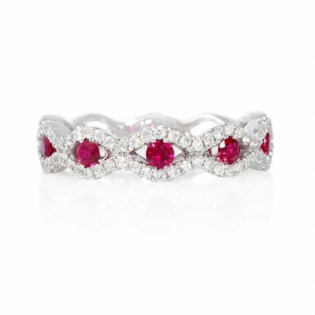 Diamond and Ruby 18k White Gold Scallop Edge Ring