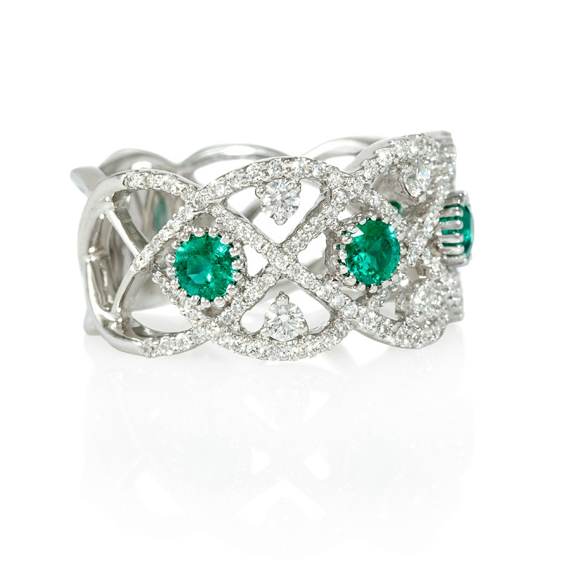 71ct and emerald antique style 18k white gold ring
