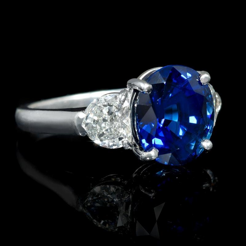 Blue Diamond Platinum: 1.05ct Diamond And Blue Sapphire Platinum Ring
