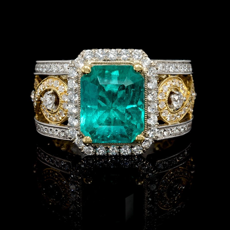 ct Diamond and GIA Certified Colombian Emerald Antique Style 18k