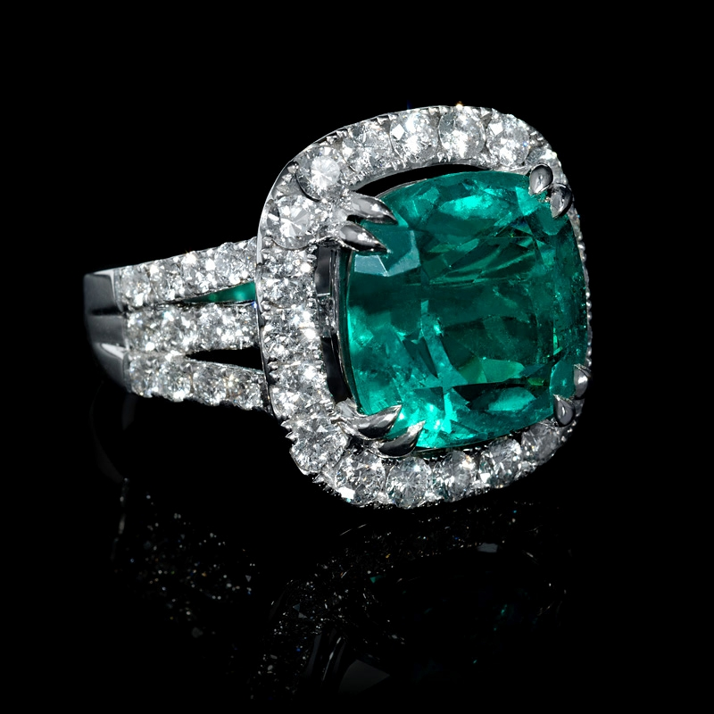 2 46ct Diamond And Gia Certified Colombian Emerald 18k