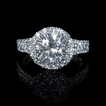.93ct Diamond 18k White Gold Halo Engagement Ring Setting