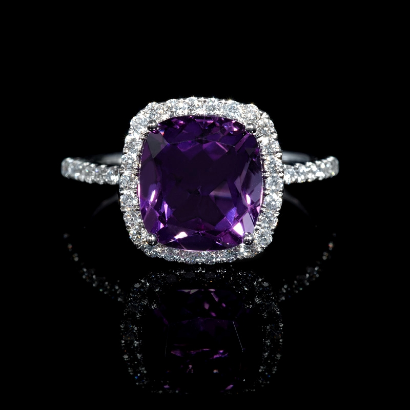 43ct and purple amethyst 18k white gold ring