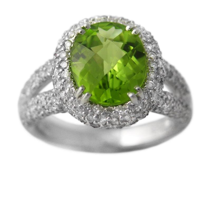 1 14ct peridot 18k white gold ring