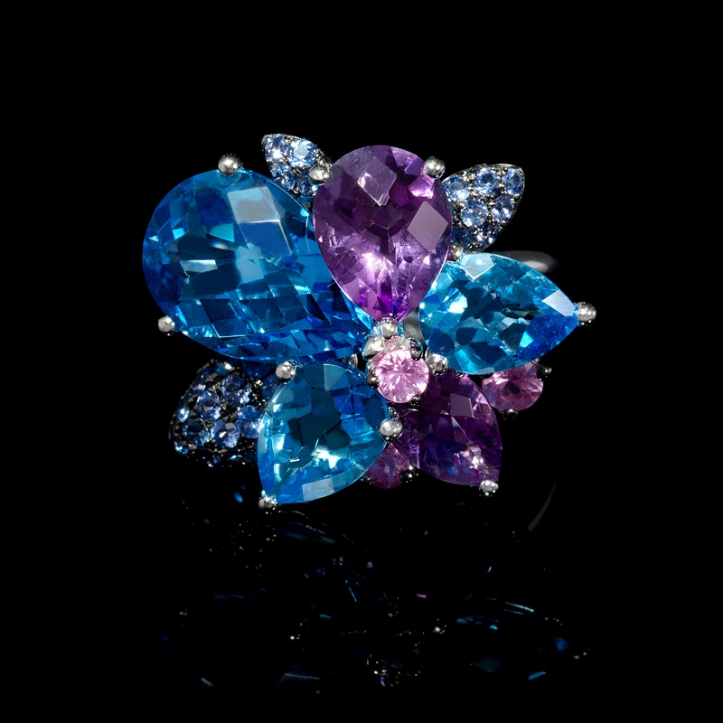 12 06ct blue topaz amethyst and sapphire 18k white gold ring