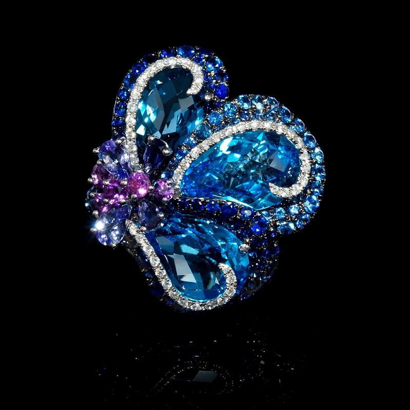 40ct Sapphire Tanzanite Blue Topaz Amethyst And