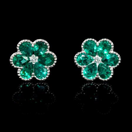 .07ct Diamond and Emerald Antique Style 18k White Gold Floral Cluster Flower Earrings