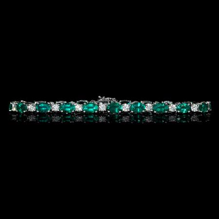 2.03ct Diamond and Emerald 18k White Gold Bracelet