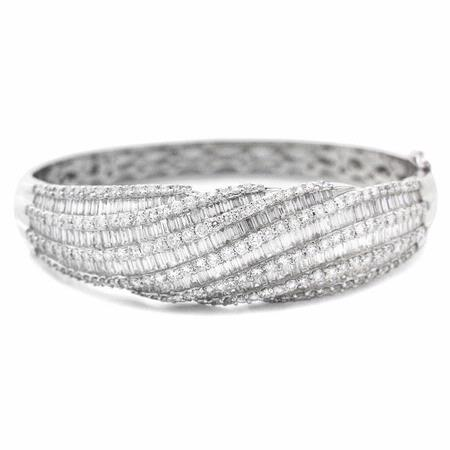 8.14ct Diamond 18k White Gold Bangle Bracelet
