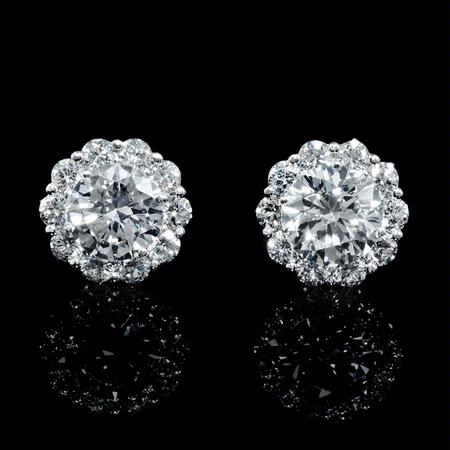 4.09ct Diamond 18k White Gold Cluster Earrings