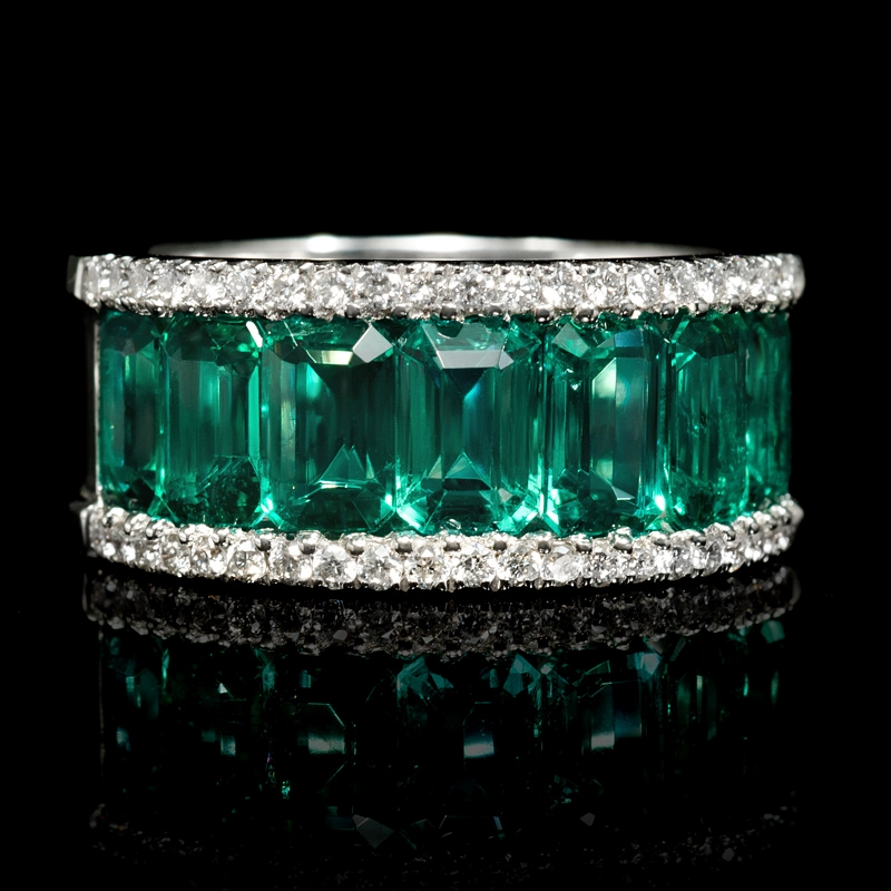fd5cd8b9ad82d .35ct Diamond and Emerald 18k White Gold Ring