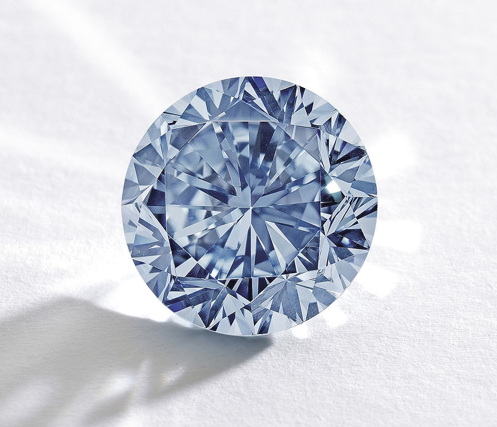 The Premier Blue Diamond To Fetch 19m At Auction