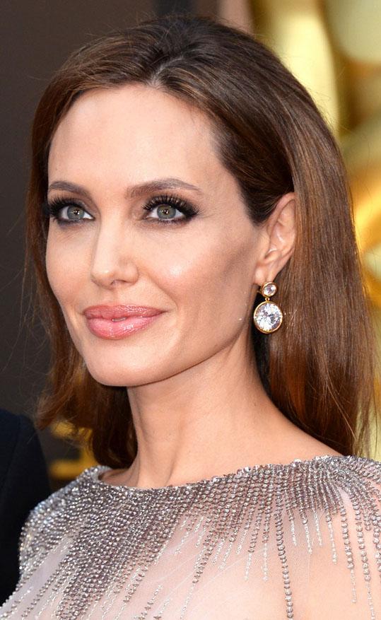 Angelina Jolie diamond earrings at 2014 Oscars