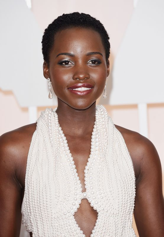 Lupita Nyong'o Oscars 2015 earrings