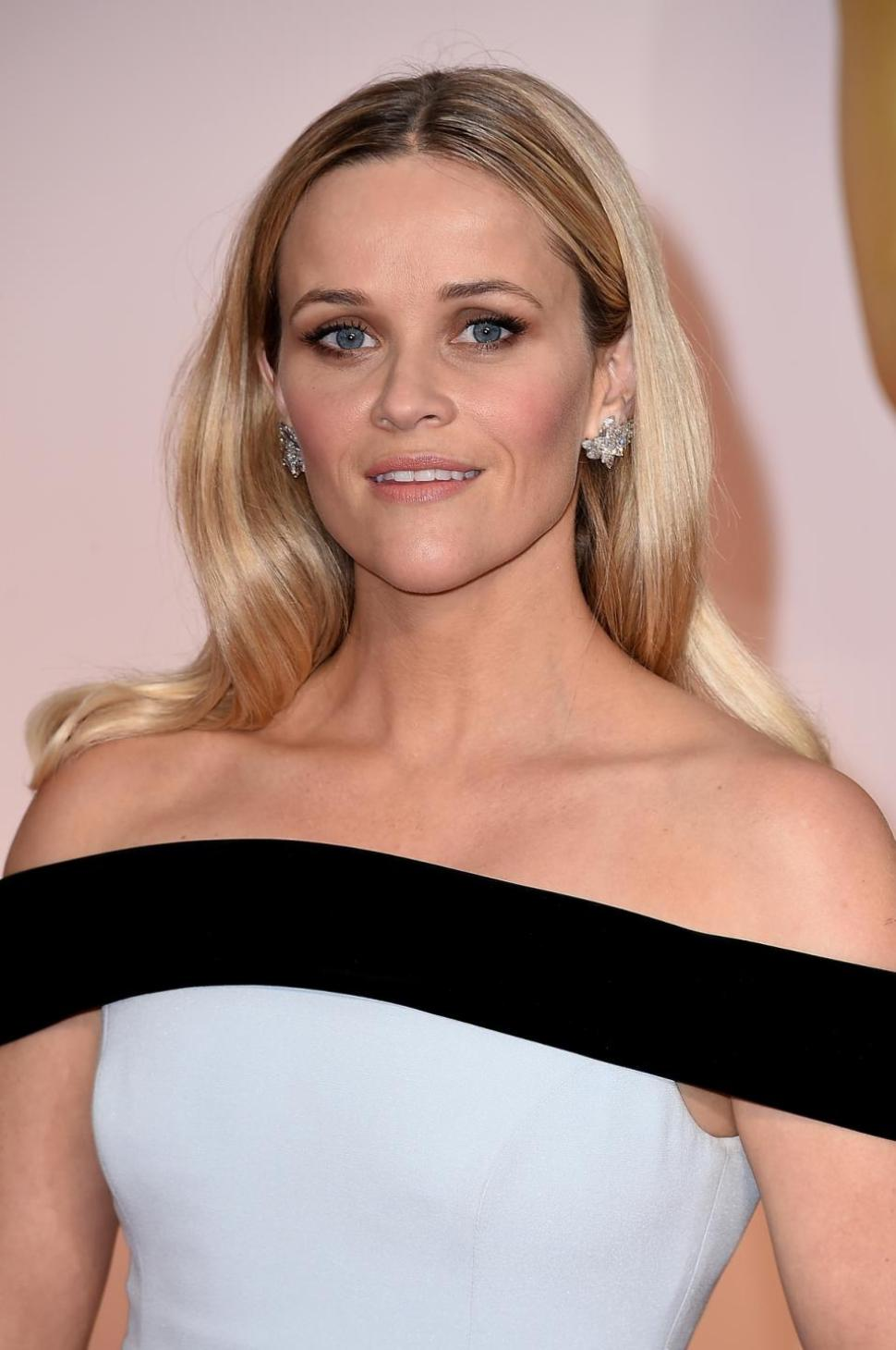 Reese Witherspoon oscars 2015 earrings